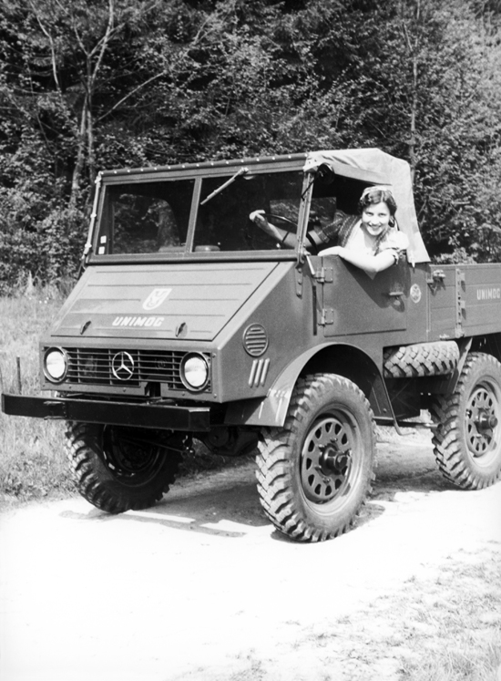 mercedes-benz-unimog-25-hp